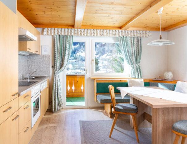 Bergnelke Küche 4